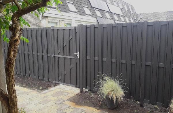 Houten schutting bij Homingxl in Vianen - Utrecht