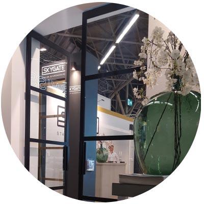 Aluminium en stalen deurkozijn bij HomingXL