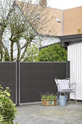 Plus Danmark Deens design composiet schutting Futura serie